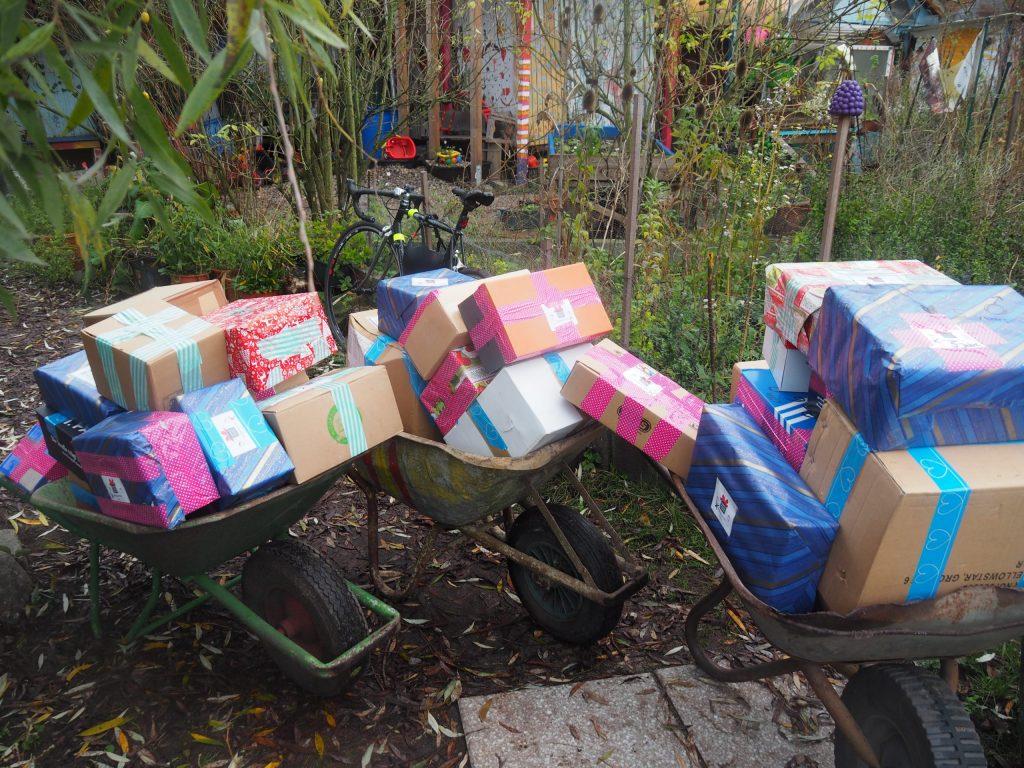 geschenke schuhkarton kreativgarten e.v.